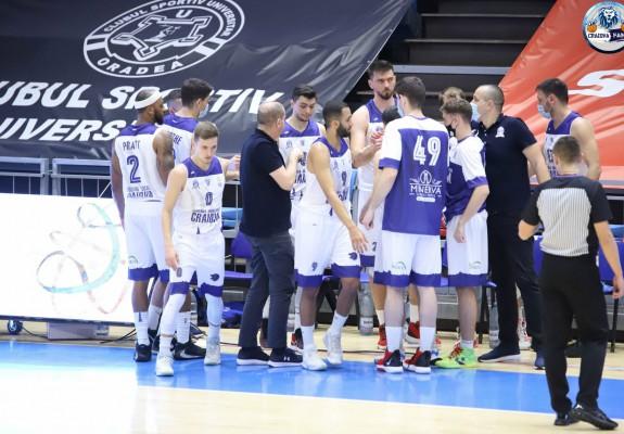 SCM Craiova trece de CSM Oradea la capătul unui meci foarte echilibrat