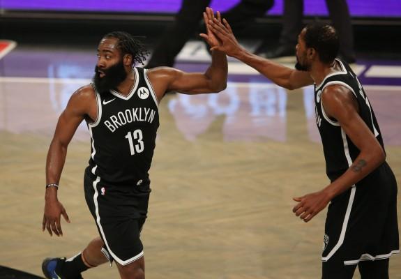 Brooklyn Nets trece de Milwaukee Bucks la capătul unei partide spectaculoase