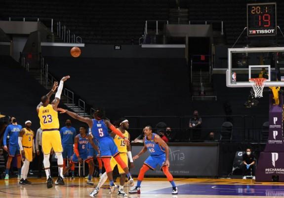 Los Angeles Lakers, o nouă victorie după prelungiri. Video