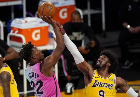 Miami Heat se revanșează pentru înfrângerea din finala NBA. Video
