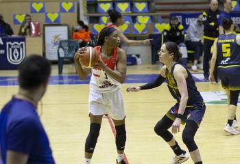 Clasamentul din Liga Națională de baschet feminin după turneul 6