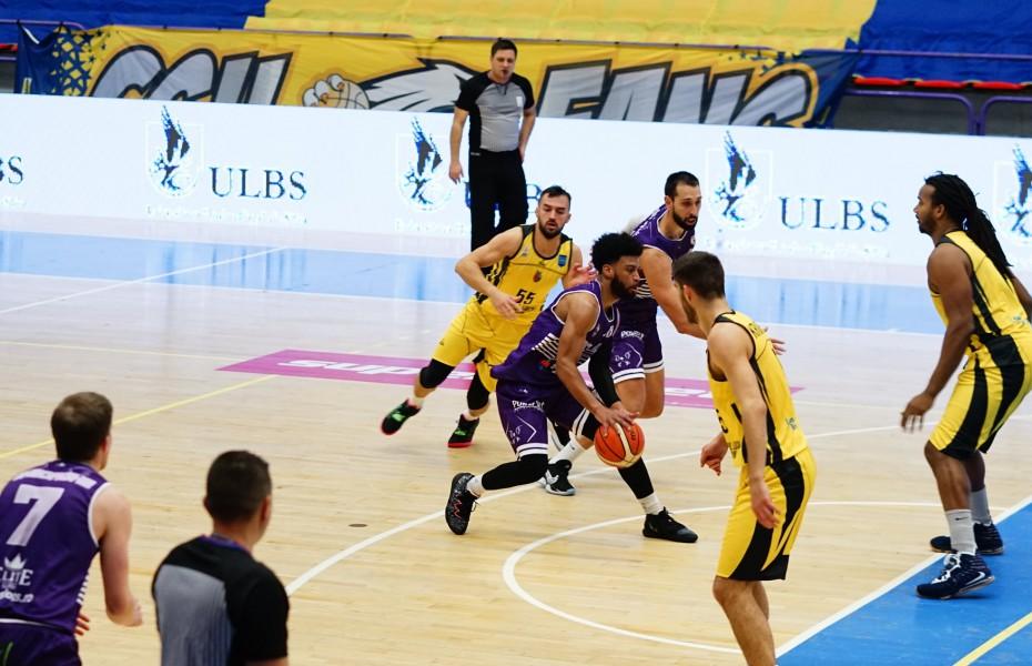 BCM U Pitești câștigă în fața lui CSM Focșani, la primul meci din retur