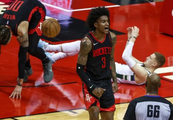 Kevin Porter Jr, prestaţie uluitoare în victoria cu Milwaukee Bucks. Video